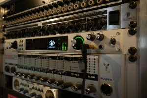 Rack Régie Studio Entre Temps Universal Audio Apollo Quad Charles MARTIN Tours
