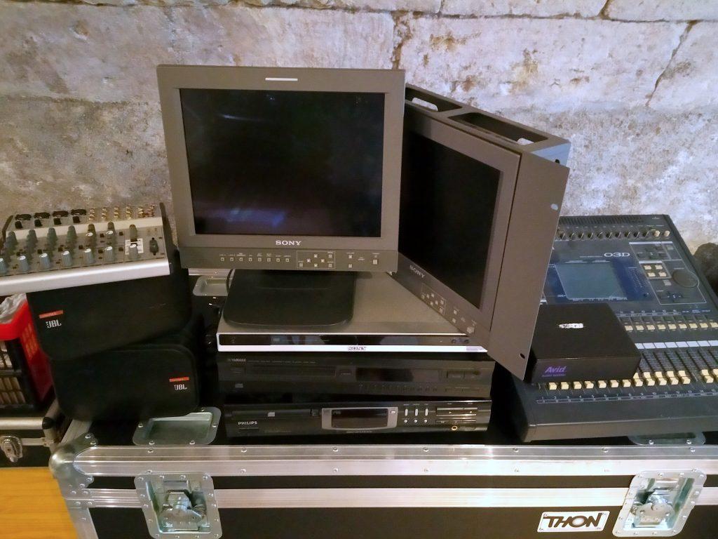 Studio Entre Temps Charles MARTIN Nouveau matériel activités audiovisuelles 03D Yamaha JBL SONY